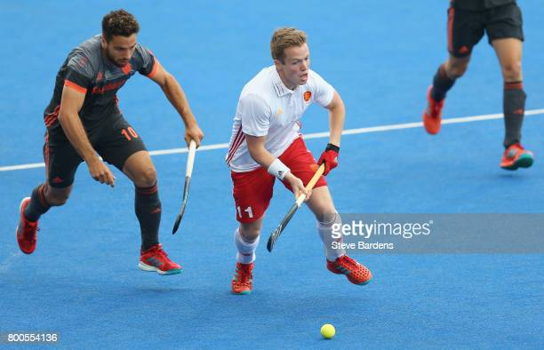 Ian Sloan of England breaks away from Valentin Verga of the Netherlands during the semifinal match between England and the Netherlands on day eight...