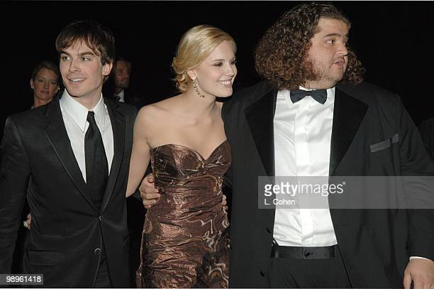 Ian Somerhalder Maggie Grace and Jorge Garcia of 'Lost' winner of Outstanding Performance by an Ensemble in a Drama Series 10612_lc0113jpg