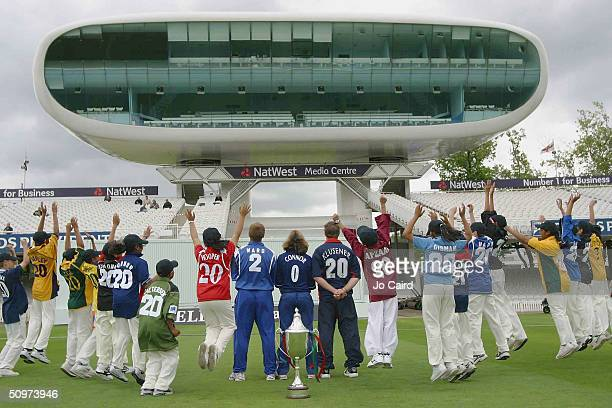 Ian Ward, Clare Connor, Lance Klusener pose with school children during the Twenty20 Cup Launch at Lords Cricket Ground on June 18, in London.