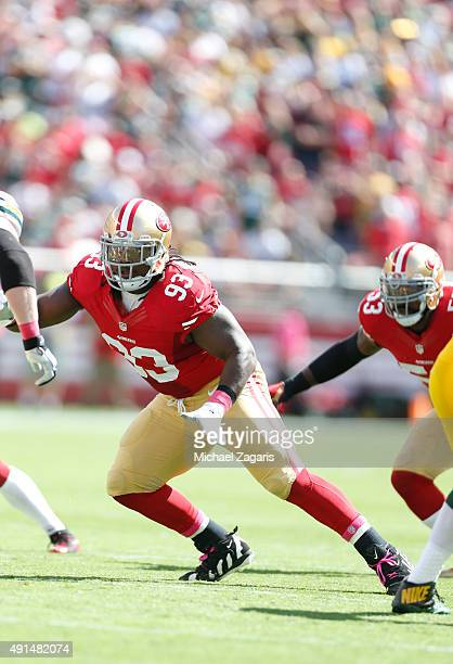 Ian Williams of the San Francisco 49ers defends during the game against the Green Bay Packers at Levi Stadium on October 4 2015 in Santa Clara...