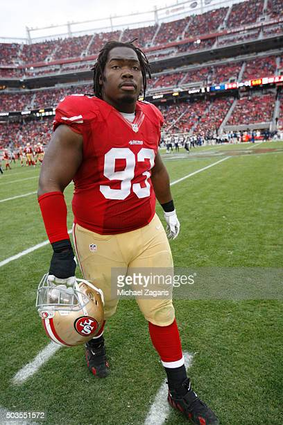 Ian Williams of the San Francisco 49ers stands on the field during the game against the St Louis Rams at Levi Stadium on January 3 2016 in Santa...