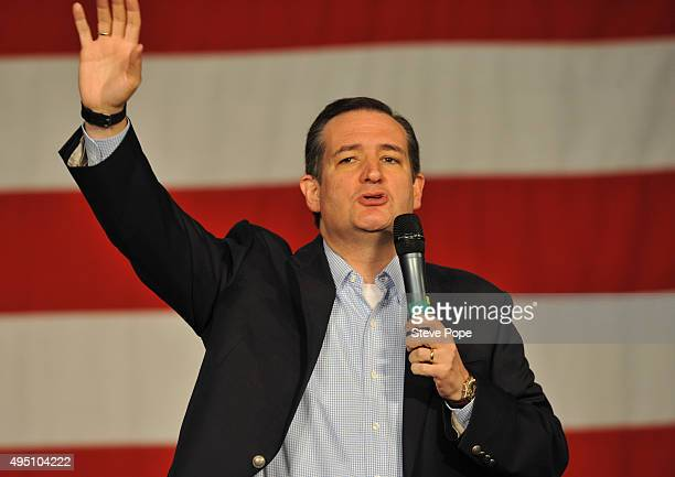 Republican presidential candidate Sen Ted Cruz speaks at the Growth and Opportunity Party at the Iowa State Fair in Des Moines Iowa Saturday October...