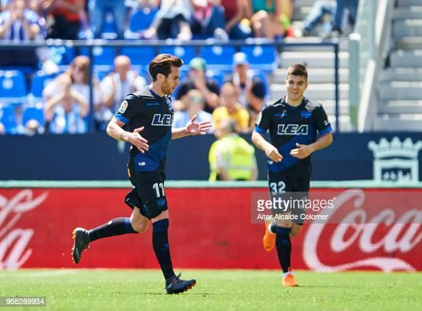 Ibai Gomez of Deportivo Alaves celebrates after scoring his team's third goal during the La Liga match between Malaga and Deportivo Alaves at Estadio...
