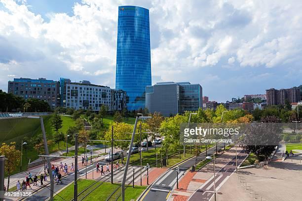 Iberdrola rascacielos en el centro de Bilbao, España