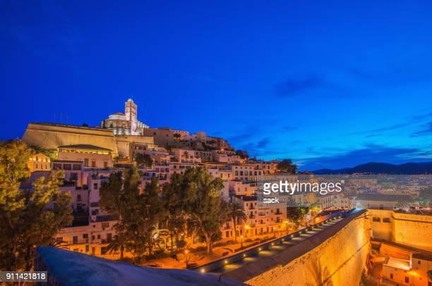 ibiza - ibiza ciudad - ciudades capitales fotografías e imágenes de stock