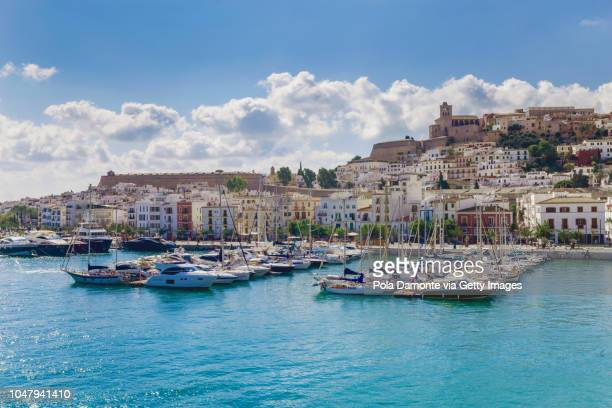 ibiza waterfront marina coastline from the mediterranean sea, balearic islands, spain. - insel ibiza stock-fotos und bilder