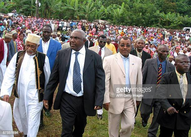 Ibrahim Abderahame Halidi candiate to the Comoros primary elections walks on the last days of the campaign 13 April 2006 in Hada Nyumakele district...