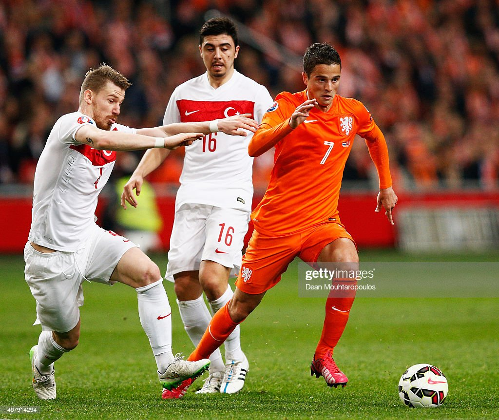 Netherlands v Turkey - EURO 2016 Qualifier