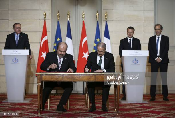 Ibrahim Ozkol Chairman of ASELSAN and Mehmet Emin Alpman Chairman of ROKETSAN sign the longrange air missile defense system project StageB contract...