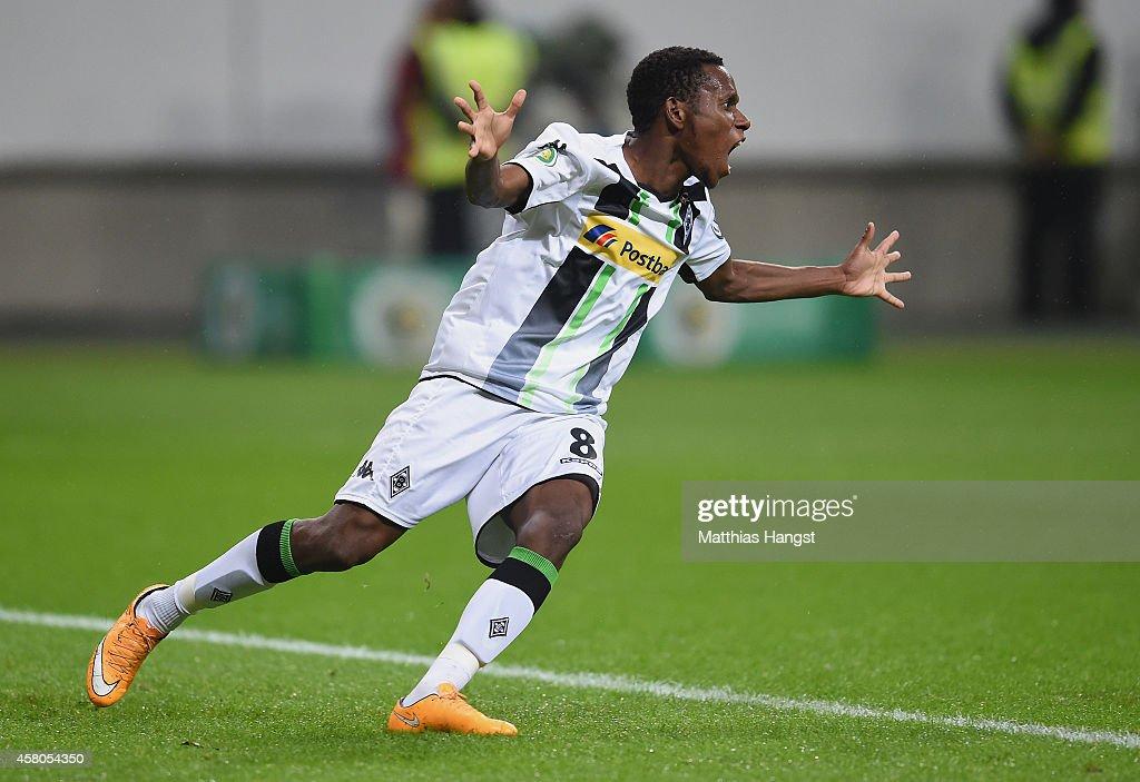Eintracht Frankfurt v Borussia Moenchengladbach - DFB Cup