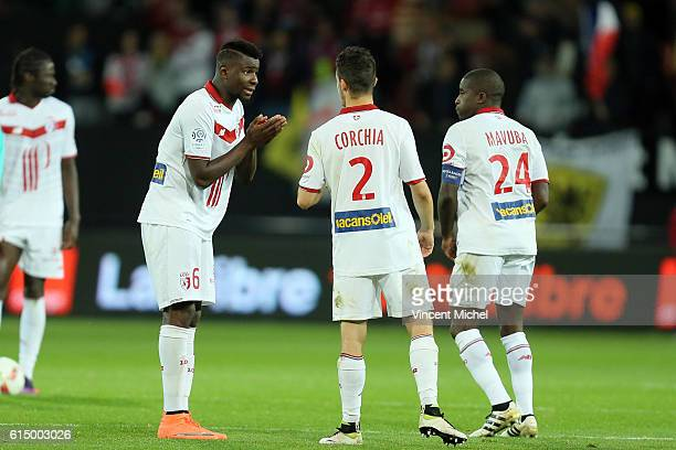 Ibrahima Amadou, Sebastien Corchia of Lille and Rio Mavuba of Lille during the Ligue 1 match between EA Guingamp and Lille OCS at Stade du Roudourou...