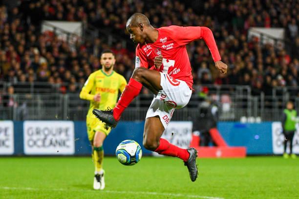 Championnat de France de football LIGUE 1 2018-2019-2020 - Page 32 Ibrahima-diallo-of-brest-during-the-ligue-1-match-between-stade-29-picture-id1184253705?k=6&m=1184253705&s=612x612&w=0&h=wj0iL1JXgg53mQXvqFx41sARHn46G6lvQMdHJDHk7f8=