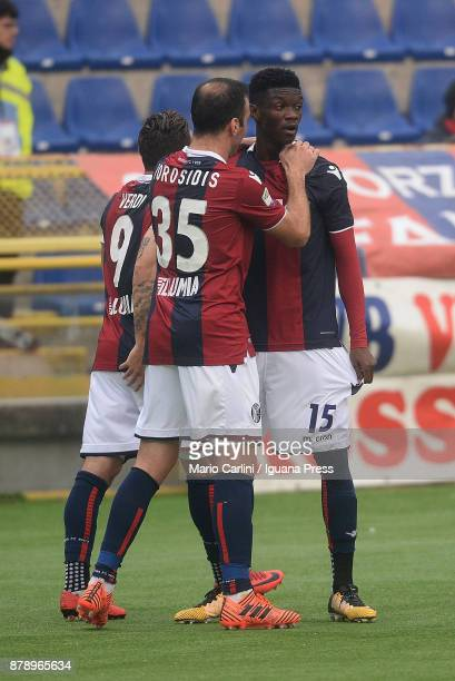 Ibrahima Mbaye of Bologna FC celebrates after scoring his team's second goal during the Serie A match between Bologna FC and UC Sampdoria at Stadio...