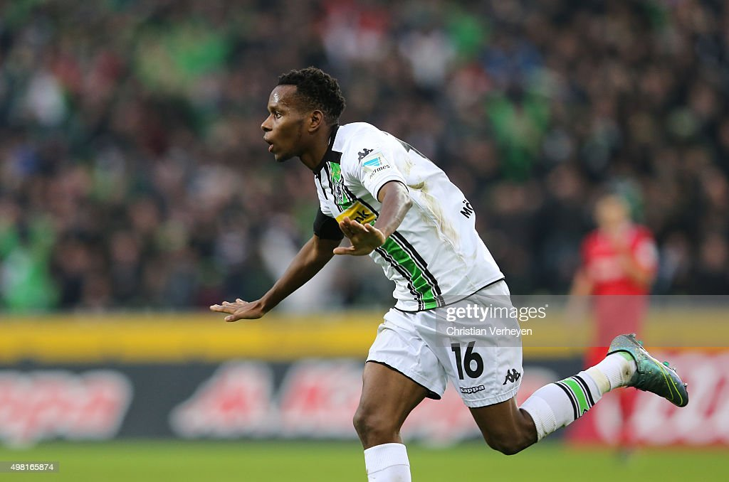 Ibrahima Traore of Borussia Moenchengladbach celebrates after the first goal during the Bundesliga match between Borussia Moenchengladbach and Hannover 96 at Borussia-Park on November 21, 2015 in Moenchengladbach, Germany