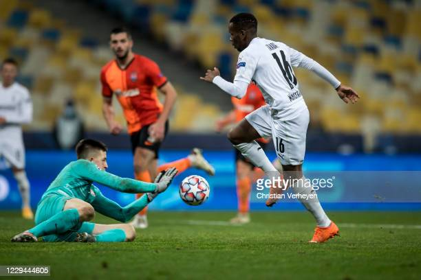 Ibrahima Traore of Borussia Moenchengladbach in action during the Group B - UEFA Champions League match between Shakhtar Donetsk and Borussia...
