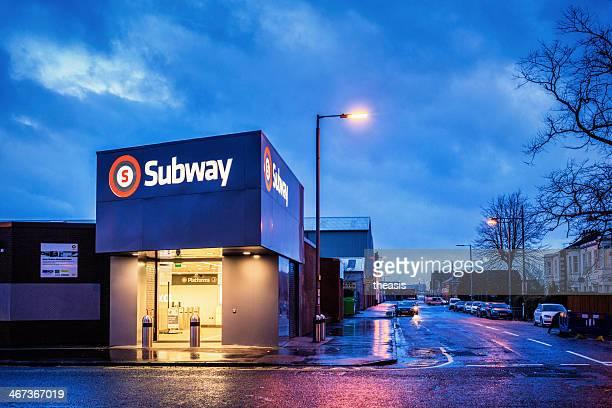 ibrox subway station - theasis bildbanksfoton och bilder