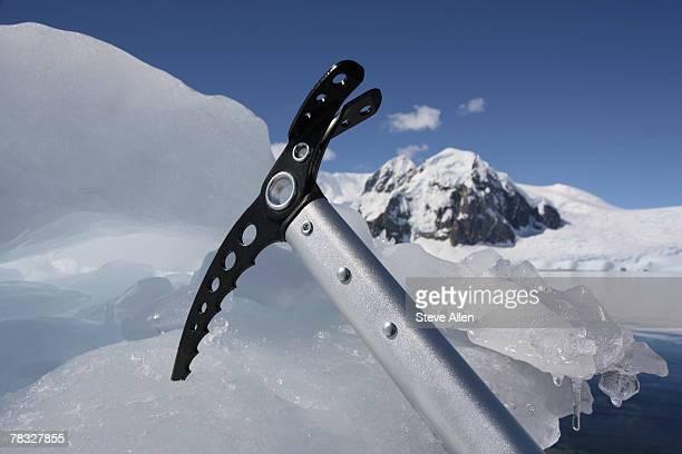 Ice ax