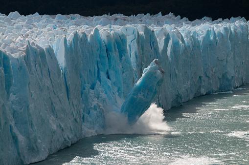 Ice Calving at Perito moreno Glacier 866014862