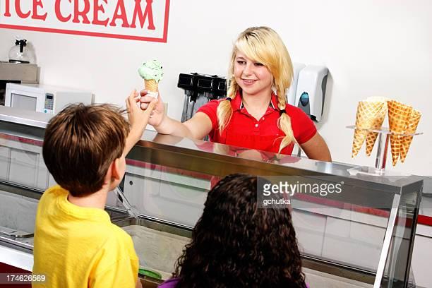 Eis-Kunden