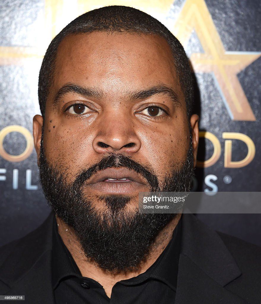 Ice Cube Poses At The 19th Annual Hollywood Film Awardsat
