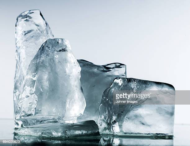 ice cubes, close-up - berg stock pictures, royalty-free photos & images