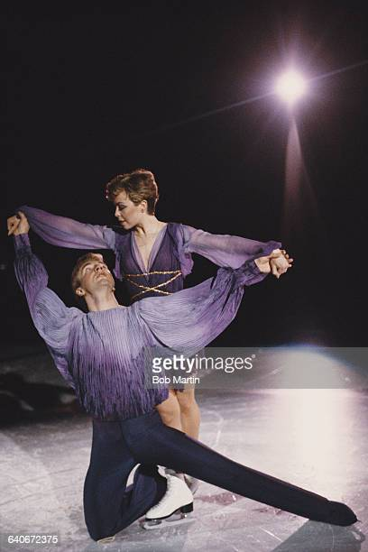 Ice dance skaters Jayne Torvill and Christopher Dean of Great Britain perform their Bolero routine on 26 May 1986 for the Sports Aid Charity Gala at...