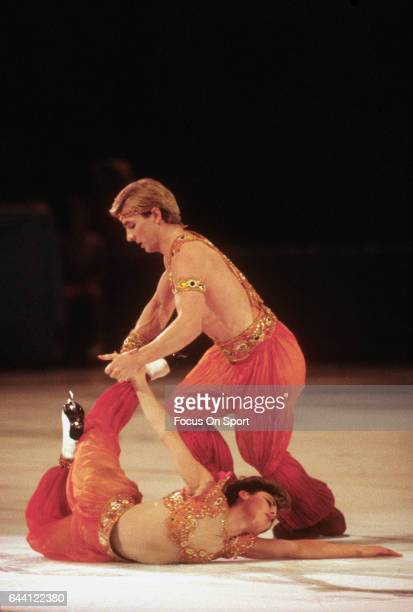 Ice Dancers Jayne Torvill and Christopher Dean of the United Kingdom competes in the 1984 World Figure Skating Championships circa 1984 at the Ottawa...
