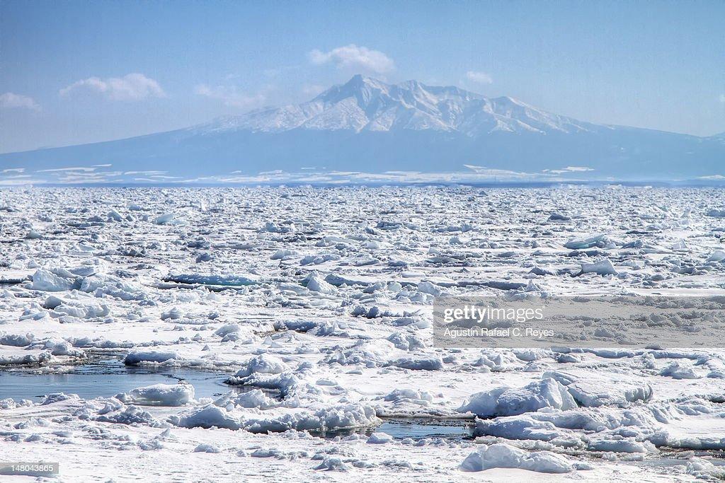 Ice drift : Stock Photo