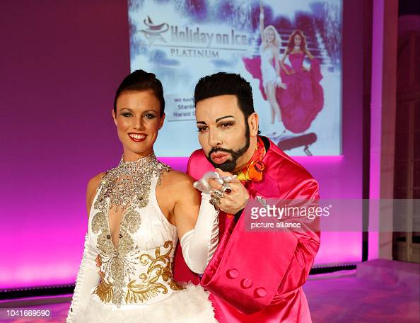 Ice Figure Skater Mackenzie Crawford And Fashion Designer Harald News Photo Getty Images
