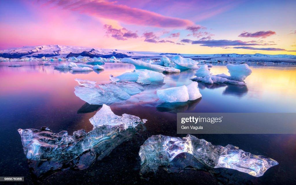 Ice floes on Jokulsarlon lake in Vatnajokull National Park, Iceland. : Stock Photo