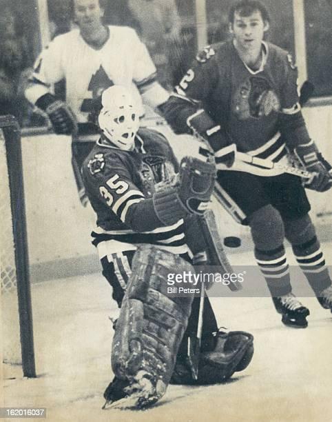 OCT 25 1980 OCT 26 1980 Ice Hockey Colorado Rockies 1st Period Save Chicago Tony Esposito ***** Fox #11 Rockies Walt McKechnie Tony Esposito Keeps...