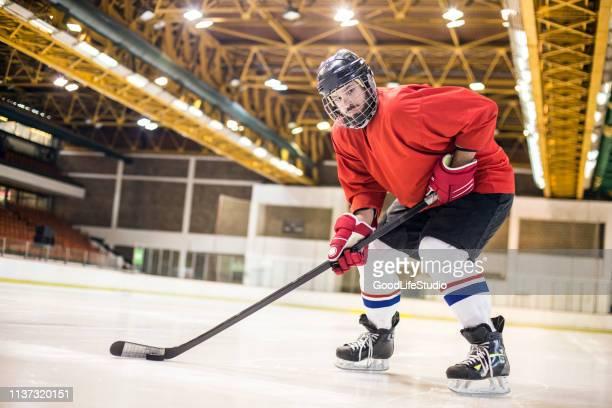 ice hockey - ice hockey uniform stock pictures, royalty-free photos & images