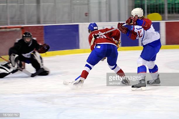 ice hockey - ice hockey player stock pictures, royalty-free photos & images