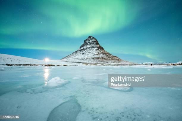 ice lake reflection of aurora Kirkjufell iceland 2017