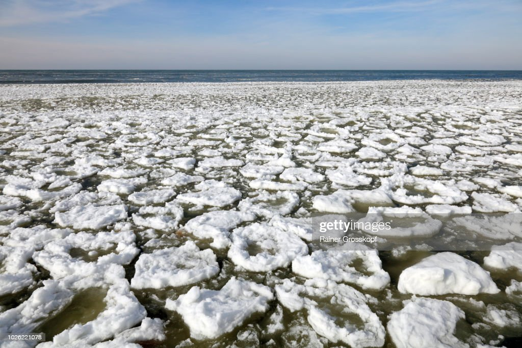 Ice on Lake Michigan : Stock-Foto