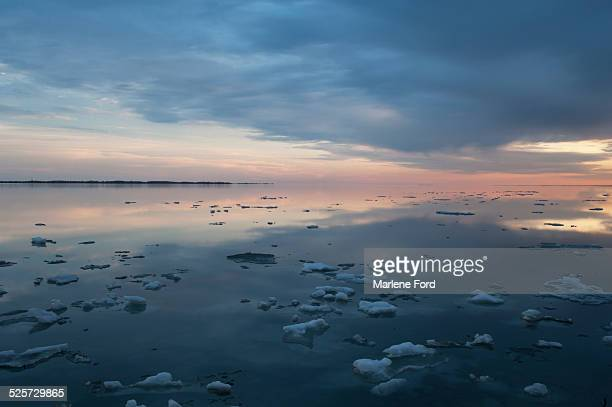 ice on lake ontario, canada - kingston ontario stock photos and pictures