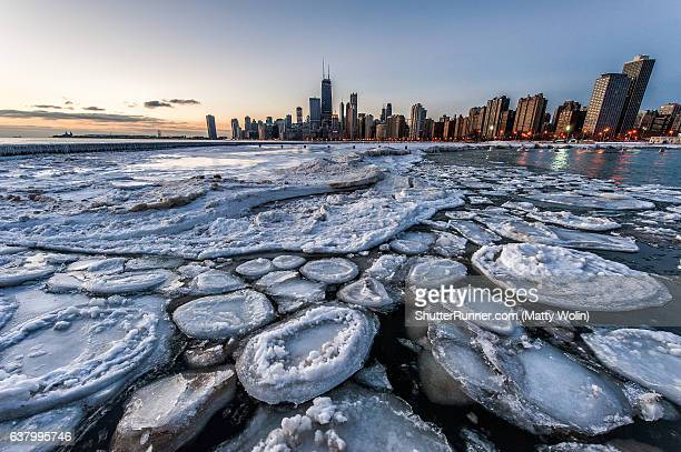ice planet - lake michigan stock pictures, royalty-free photos & images