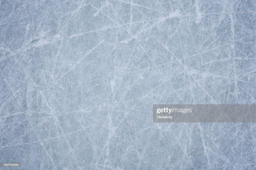 Free ice hockey rink I...