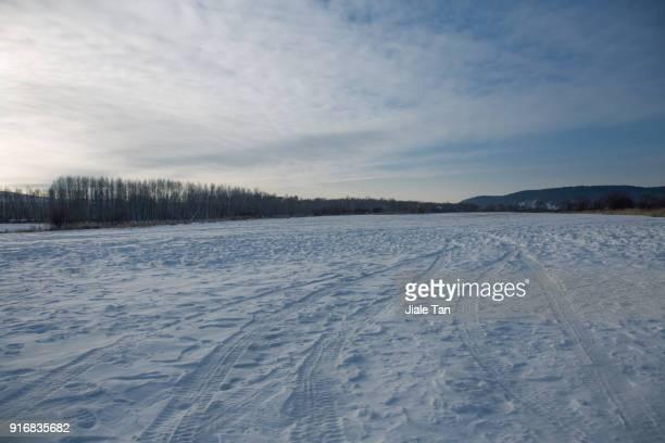 Ice snow road