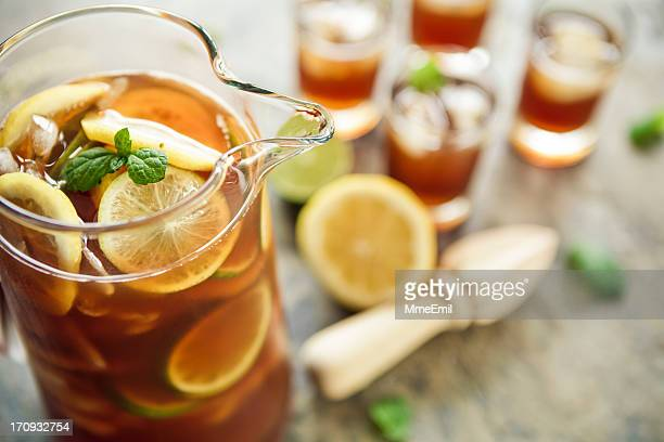 ice tea - pitcher stock pictures, royalty-free photos & images