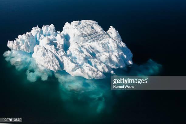 iceberg, antarctic sound, weddell sea - antarctic sound stockfoto's en -beelden