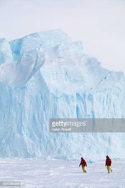 iceberg in antarctica - weddell sea - fotografias e filmes do acervo