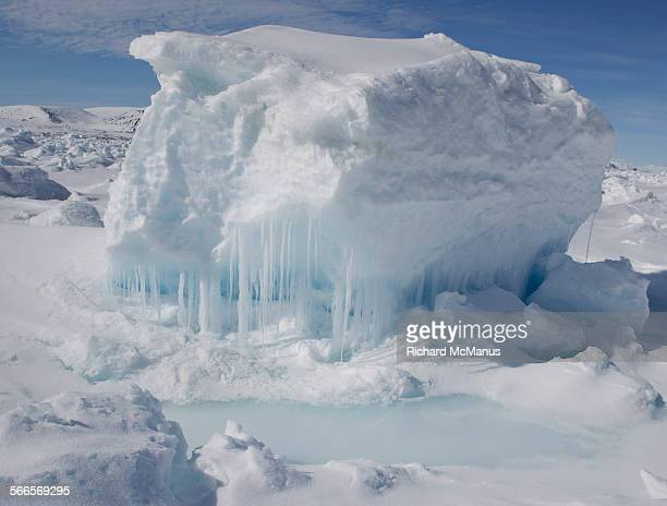 iceberg near pond inlet. - nunavut stock pictures, royalty-free photos & images