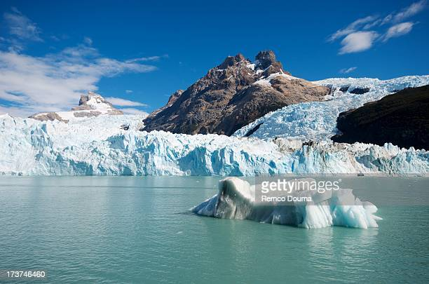 iceberg near spegazzini - los glaciares national park stock pictures, royalty-free photos & images