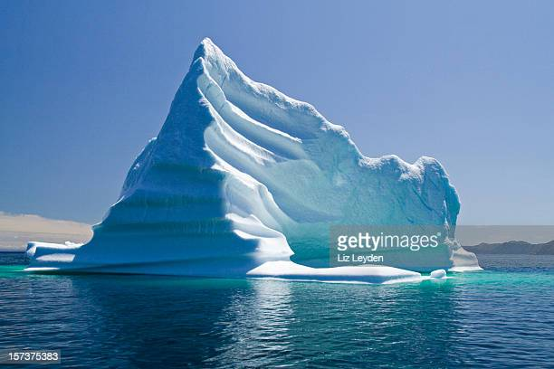 iceberg, newfoundland, trinity bay, canada - berg stock pictures, royalty-free photos & images
