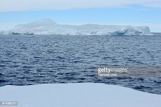 iceberg - weddell sea stock photos and pictures