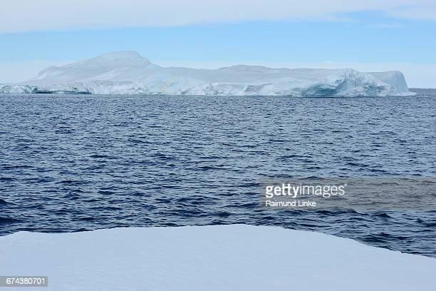 iceberg - weddell sea fotografías e imágenes de stock