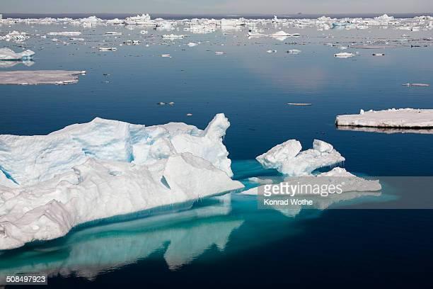 icebergs, antarctic sound, weddell sea, antarctica - antarctic sound fotografías e imágenes de stock