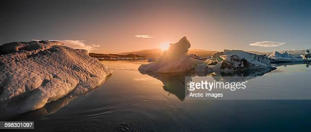 icebergs floating in the jokulsarlon, iceland - breidamerkurjokull glacier stock photos and pictures