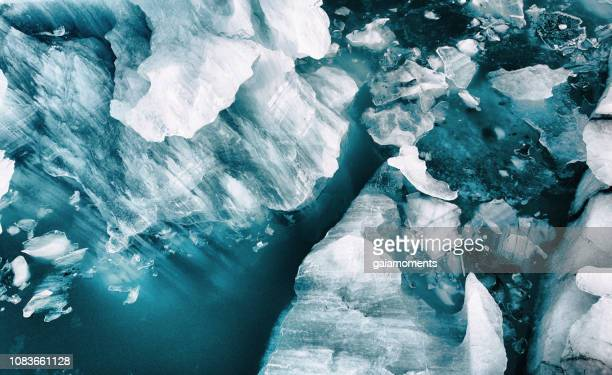 icebergs from above - drift ice stock pictures, royalty-free photos & images